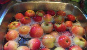 Cómo quitar los pesticidas a tus alimentos de forma fácil, barata y sana