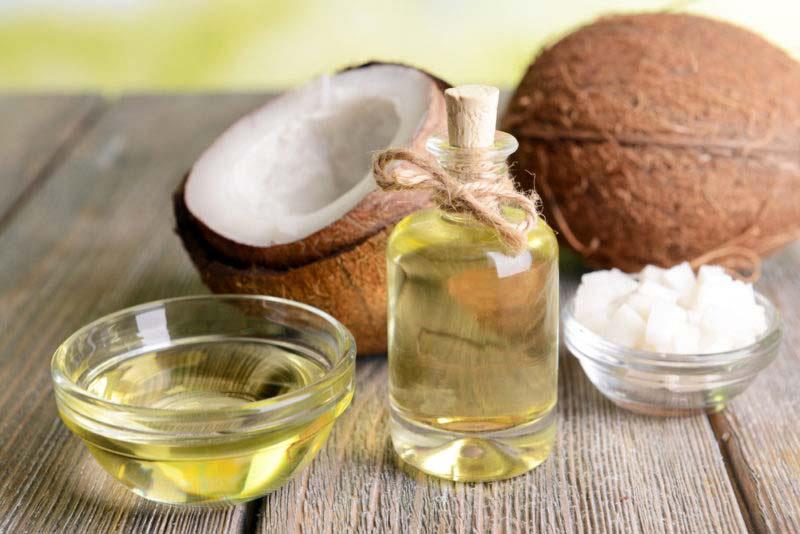Descubren que este aceite destruye el 90% de las células del cáncer de colon en 2 días