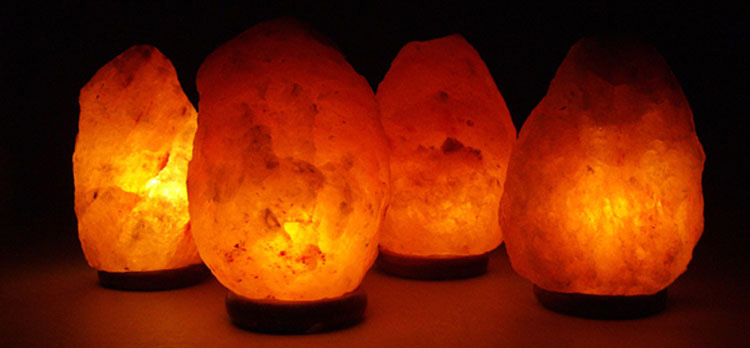 Confirmado por la ciencia: las lámparas de sal ayudan a las personas con ansiedad. Así es cómo lo hacen