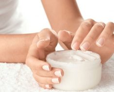 Frota en tu piel esta loción de magnesio casera y te aliviará el dolor en minutos