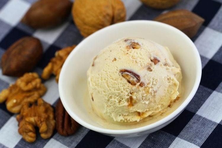 Cómo hacer el helado más saludable que jamás has probado: cúrcuma y coco