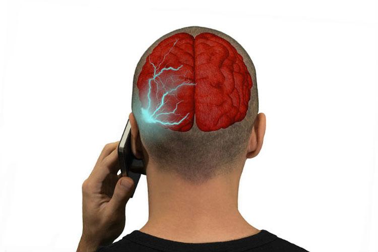 10 marcas de teléfonos que emiten radiación y que necesitas conocer inmediatamente