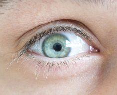 8 cosas que sus ojos están tratando de decirle acerca de su salud