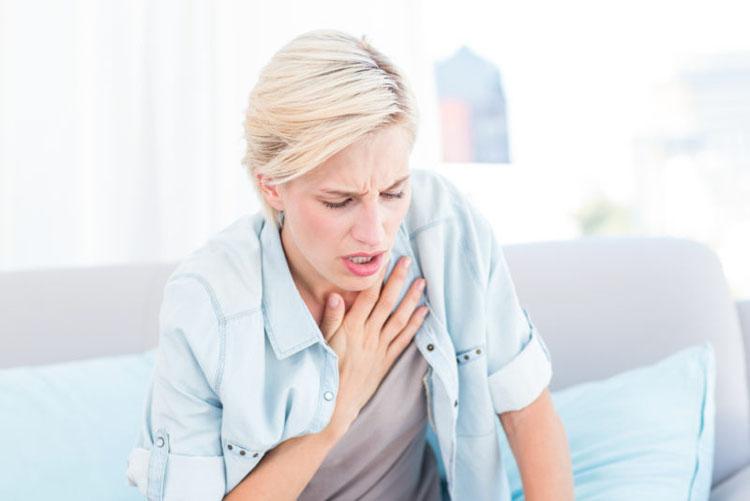 5 señales de advertencia de un ataque al corazón que todas las mujeres necesitan saber