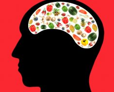 7 nutrientes para proteger su cerebro del envejecimiento
