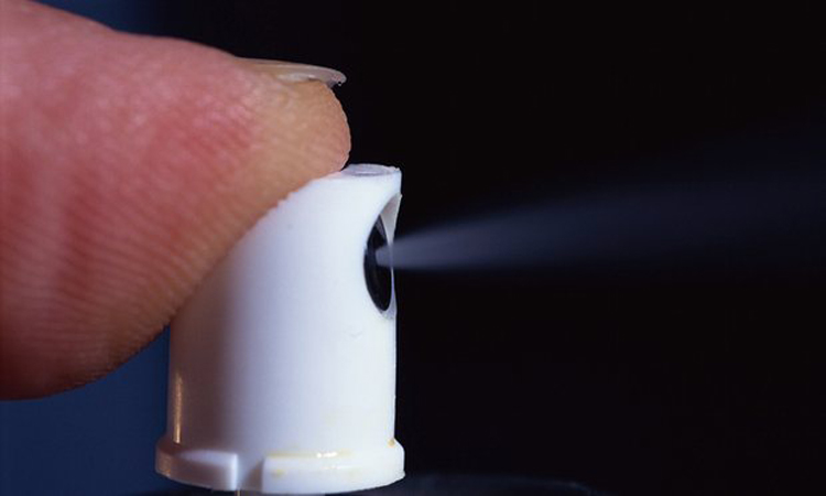 Los ambientadores están vinculados a problemas respiratorios, problemas hepáticos y cáncer. Utilice estos en su lugar