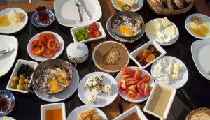 8 hábitos de países de todo el mundo para comer saludablemente