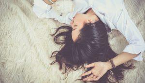 Estas son las horas de sueño que necesitas para evitar la depresión, según la ciencia