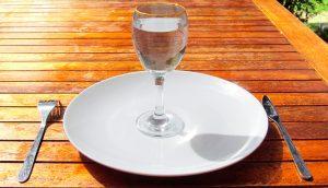 """""""Me moriré de hambre"""" y otros 3 mitos del ayuno, desacreditados"""