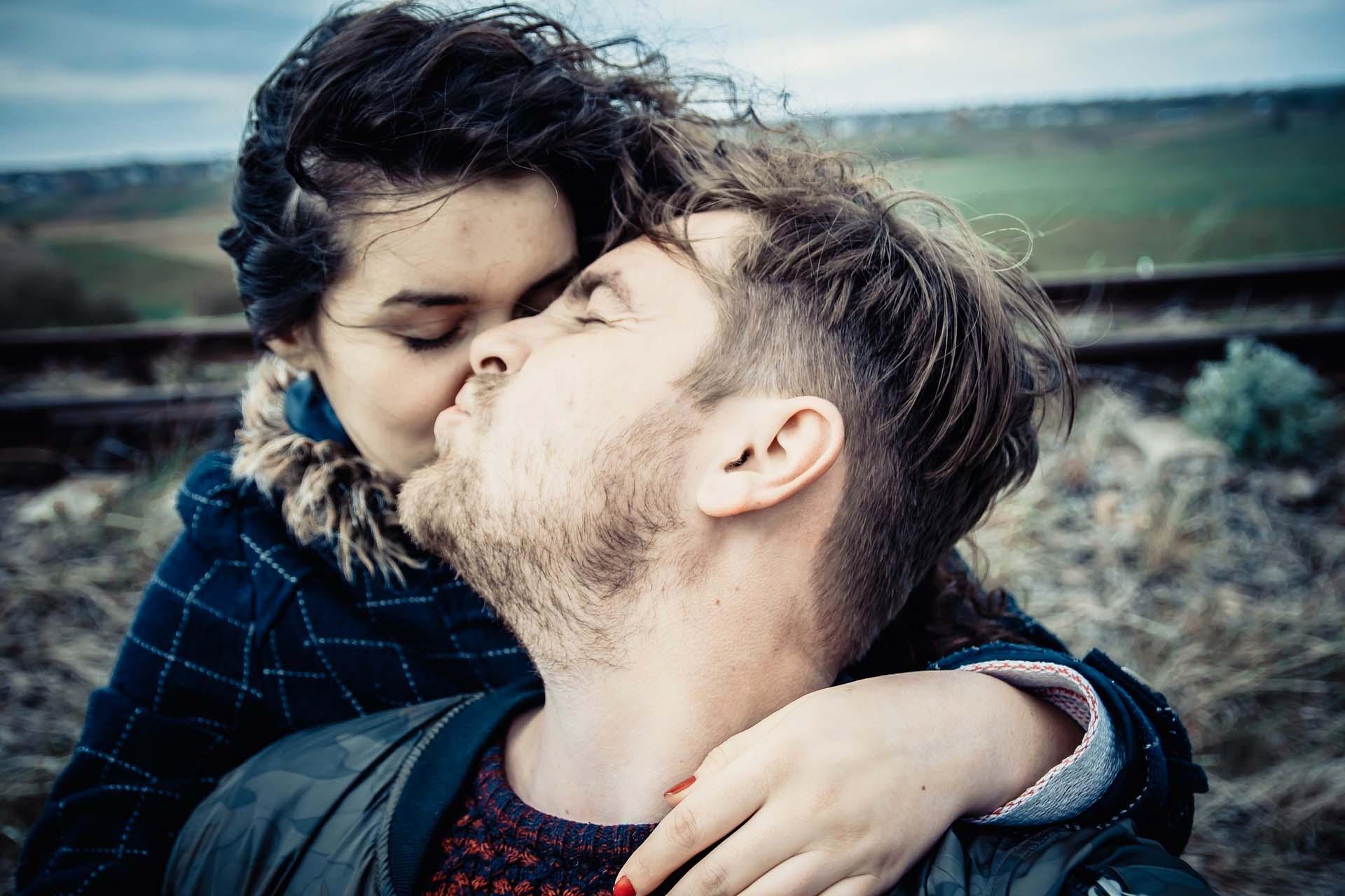 13 señales de que te amará sin importar cuántos defectos tengas