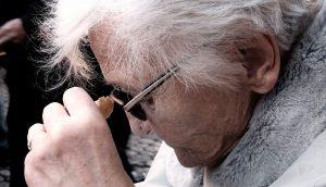 Los 10 principales arrepentimientos que la gente tiene al final de su vida