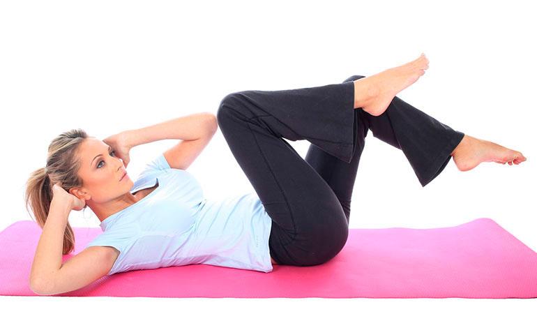 6 ejercicios simples para eliminar la grasa del vientre en casa