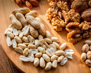 10 frutos secos ricos en hierro que deberías comer regularmente
