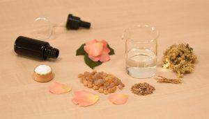 11 rituales naturales para limpiar su hogar de energía negativa