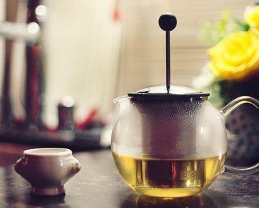 Los efectos secundarios del té verde y quién no debe consumirlo