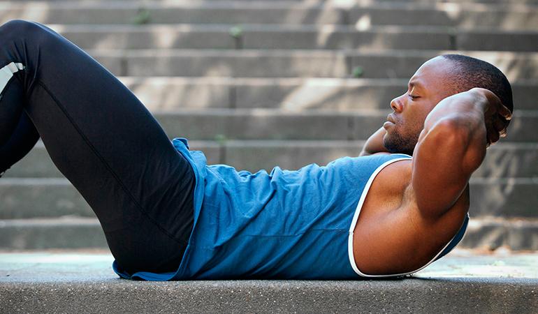 6 Ejercicios sencillos pero efectivos para quemar el exceso de grasa