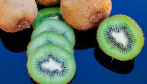 17 beneficios para la salud del kiwi que no sabías