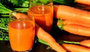 9 Beneficios para la salud del zumo de zanahoria que necesita saber