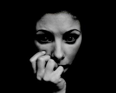 10 Comportamientos que revelan que alguien tiene un problema de salud mental
