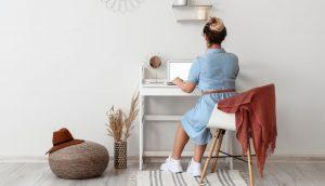 Más allá del dolor de trasero: esto es lo que le hace a tu trasero estar sentada todo el día
