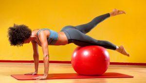 Ejercicio de 15 minutos para todo el cuerpo con pelota de pilates